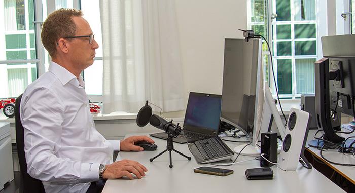 Kristian Secher på kontoret